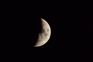 Растущая Луна и Юпитер 11 июня 2016 г.