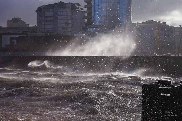 Бора в Новороссийске 25.10.2014 г.